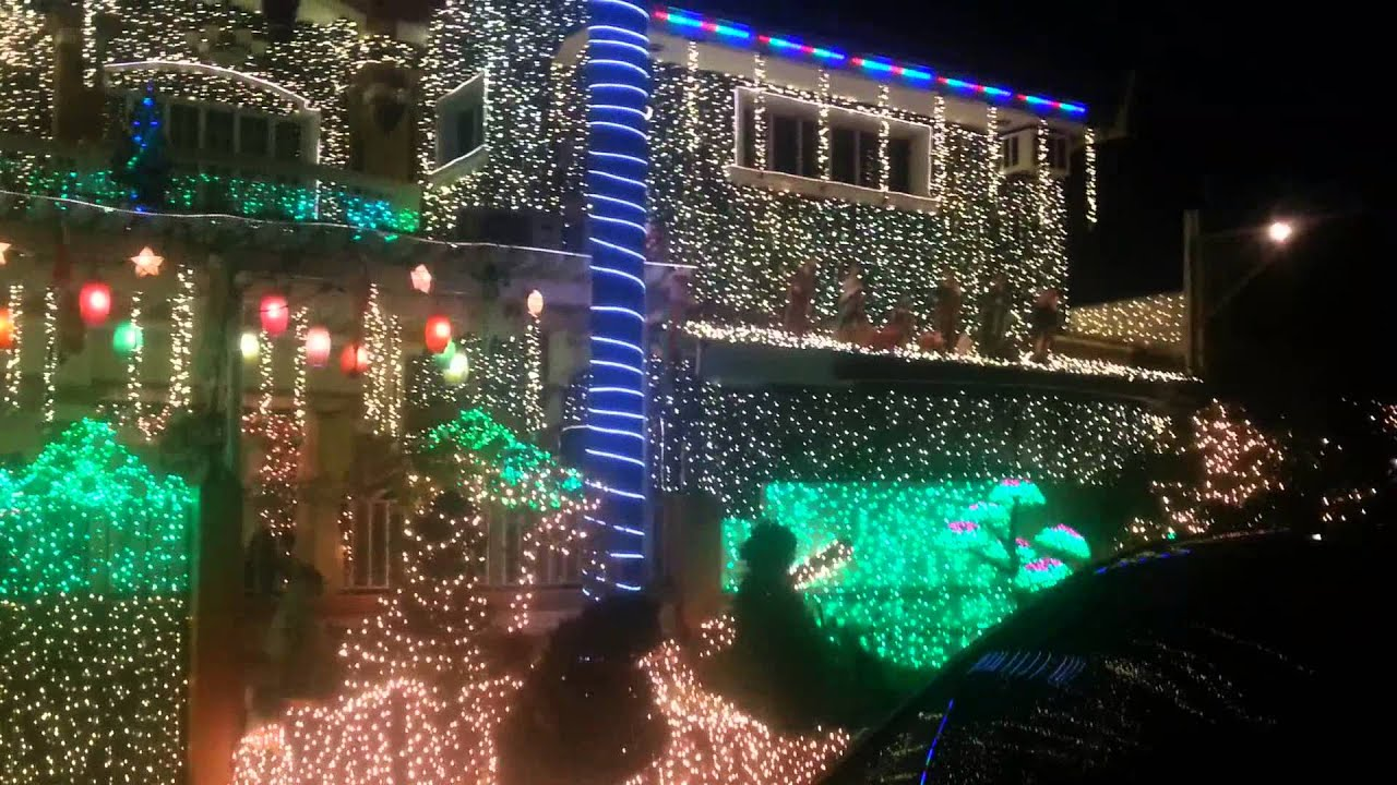 Amazing Christmas Lights Display at Filinvest East