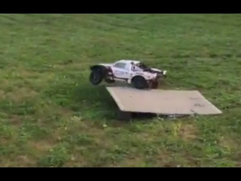 RB's RC's: Team Losi 5ive T 5T Gas 4WD Jump Flips Lady Driven First Drive