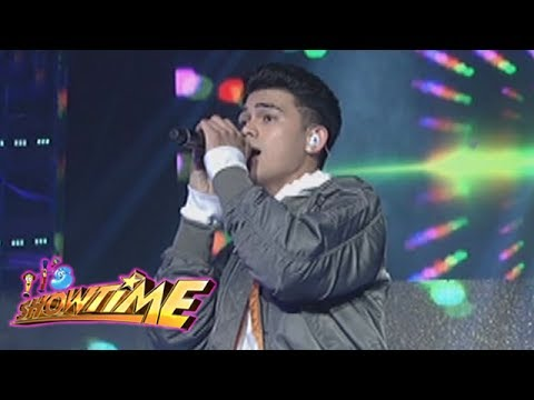 "It's Showtime: Inigo sings ""Dahil Sa'yo"""