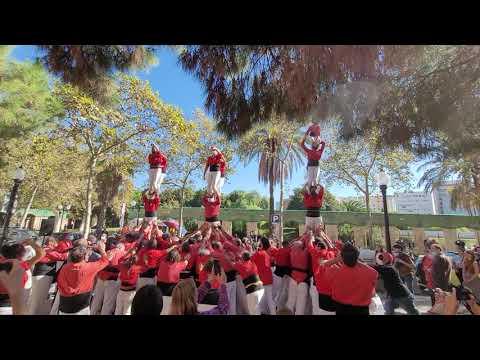 Dos pilars de 4 descarregats - Diada d'homenatge Josep Sala