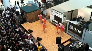 2012年3月10日(土)13:00~イオンレイクタウンkaze1F・翼の広場にて行...