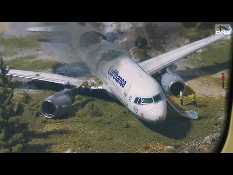 Airplane Crash Diorama Part 2/2