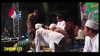 Video Tausiyah Lucu banget HABIB UMAR AL MUTOHAR Rembang 4 desember 2017 download MP3, 3GP, MP4, WEBM, AVI, FLV Oktober 2018