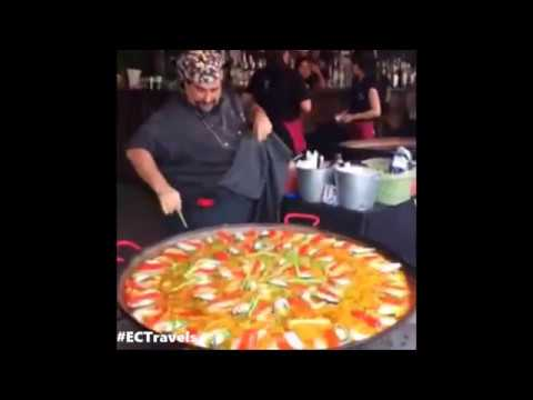 Chef Fernando's Paella in Chatuchak Weekend Market