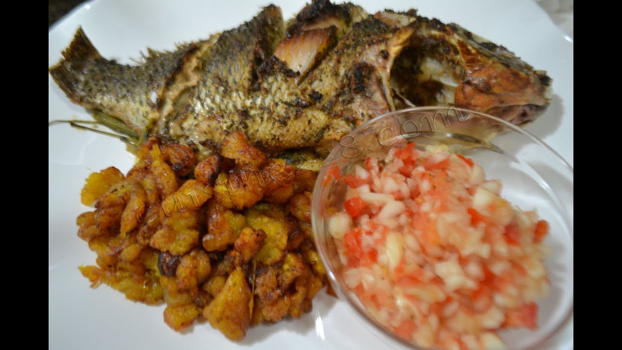 Poisson braise braised fish akpavi m m youtube for Cuisine africaine