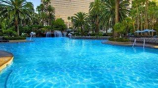 Las Vegas Mirage Pool in 4K June 1 2017 Sony FDR-X3000 Amazing Hotel