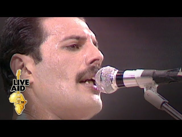 Queen - Crazy Little Thing Called Love (Live Aid 1985)