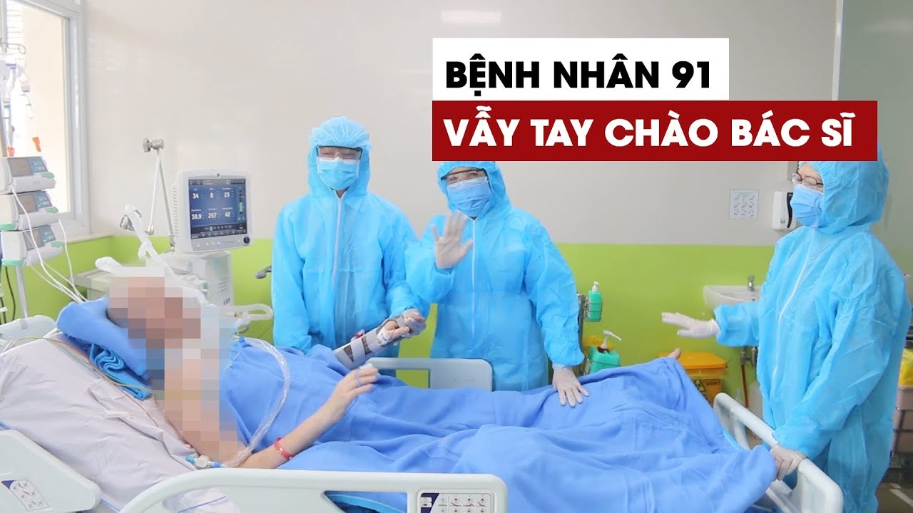 Xúc động với hình ảnh bệnh nhân 91 vẫy tay chào các bác sĩ