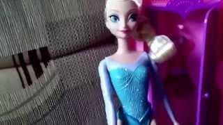 frozen elsa teaches anna how to do a handstand