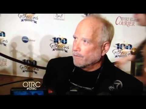Richard Dreyfuss is an asshole. Oscars 2012