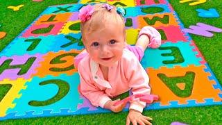 ABC Song | Nursery Rhymes & Kids Songs