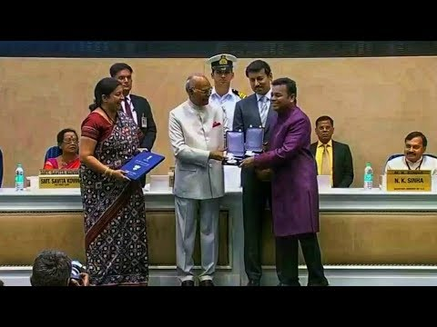 A.R.Rahman Receiving Two National Film Awards 2017 (Best Music Direction & Best Background Score)