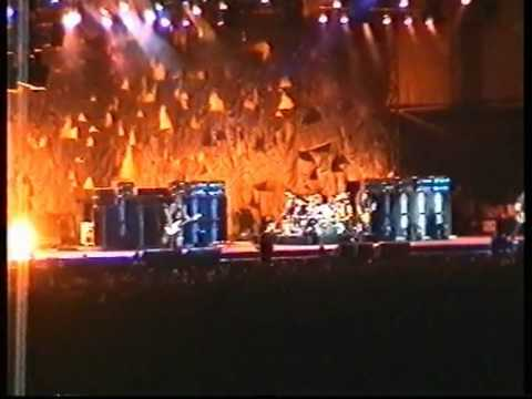 Metallica - June 15th, 2004 - Belgrade, Serbia (3 Cam Mix) - Ecstasy Of Gold + Blackened