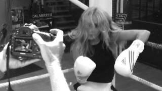 Marta Sánchez - La Que Nunca Se Rinde (Making Of del video)