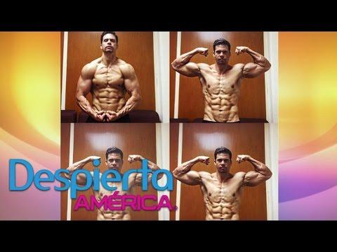 Pedro Moreno presumió su abdomen y alborotó a sus fans