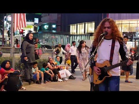 selalu mengalah-The sella buskers cover seventen,penonton arab layan