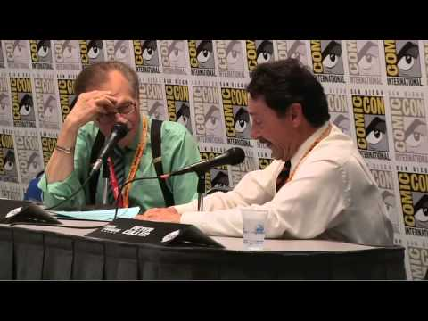 Transformers Comic-Con 2012 - Larry King Interviews Peter Cullen