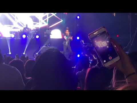 Ozuna quiero repetir en vivo 2017 (Boston)