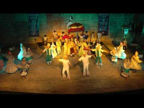 Brazilian folk dance: Maracatu (Carnival dance)