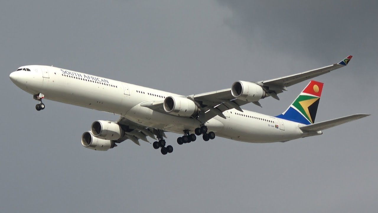 South African Airways Airbus A340-642 [ZS-SNF] | Final Approach at Brisbane Airport