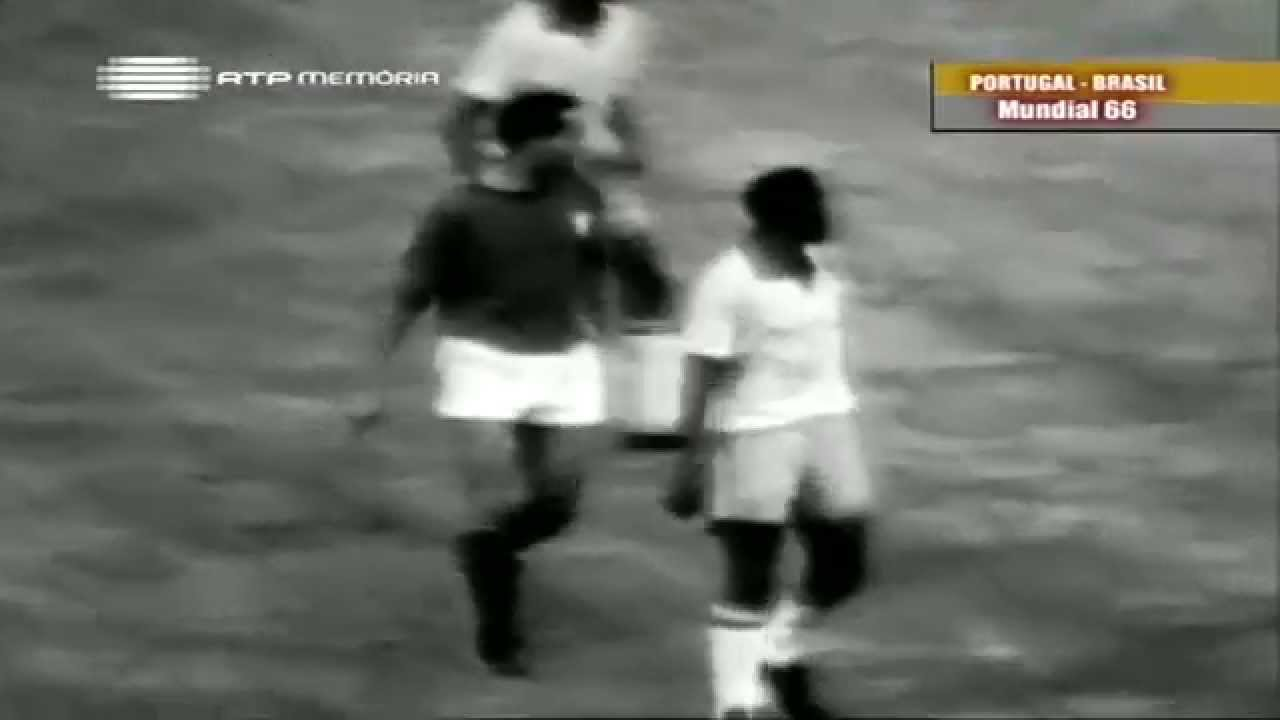 Hilário (Sporting) no Portugal - 3 x Brasil - 1 do Mundial 1966