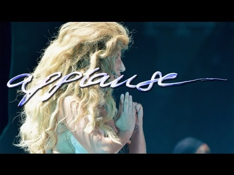Lady Gaga - Applause (VMA's Instrumental-Karaoke Version w/lyrics on screen)