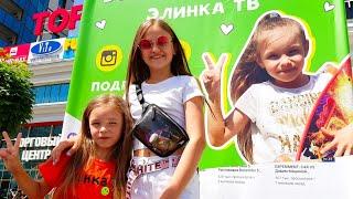 Ксения Левчик и Элинка ТВ на встрече с Блогерами  minsk2019  влог и  фан зона