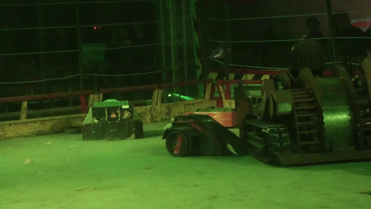 Robot Wars 2013: Portsmouth European Challenge -Tsunami vs. Gravity 5.2 vs. Luzifer