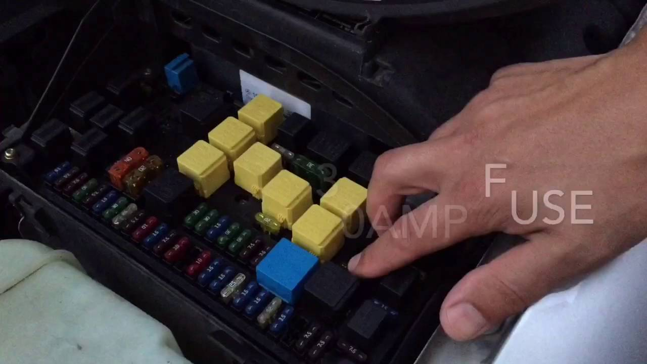 small resolution of mercede ml320 fuse box