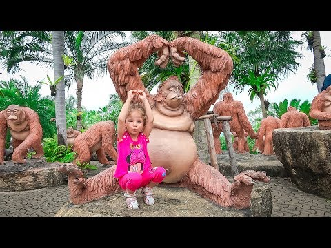 The Best Outdoor Playground For Kids Amusement Park For Funny Playtime With Giant Toys