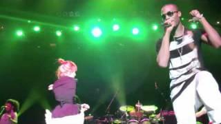 Скачать B O B Hayley Williams Airplanes 1st Real Performance Together In Nashville