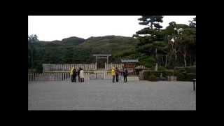 大阪市堺市の仁徳天皇陵に行きました。地上で中が見られるのはこの南側...