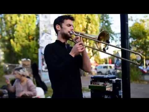 Amazing Live Trombone Tribal Lounge Music in Berlin. 16PROD