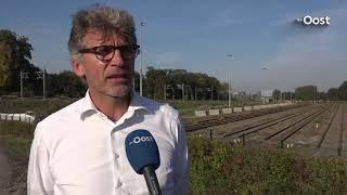 Fietsers langs het rangeerterrein in Zwolle opgepast!