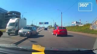 Неадекватная женщина-водитель