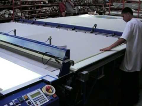 Sani USA .com Roller Shade Cutting Table Auto Feed and