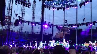 """Pearl Jam """"Hold On"""" Wrigley Field Chicago 7-19-2013"""