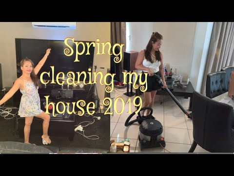 SPRING CLEANING MY HOUSE 2019 // HOW TO CLEAN CURTAINS, WINDOW TRACKS