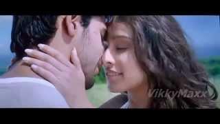 Shraddha Kapoor Kiss HD