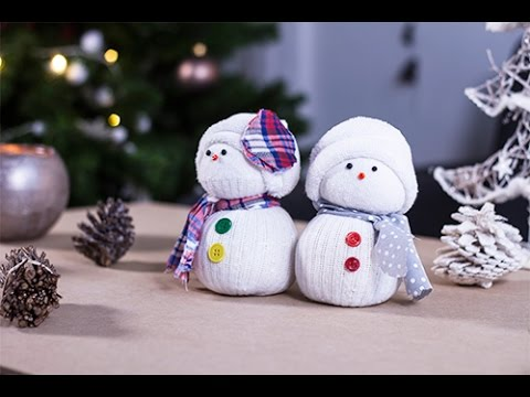 Christmas crafts how to build a snowman with socks youtube - Bonhomme de neige en pompon ...
