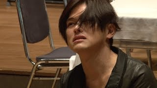 松尾敏伸が三好十郎の名作「冒した者」に挑む!演出・望月純吉が感じた「生き直すこと」とは?