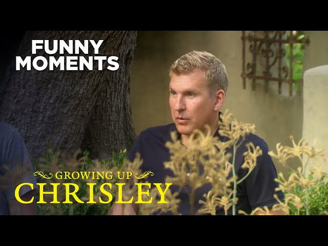 Growing Up Chrisley   Todd Tries To Rescue Savannah   Season 1 Episode 6   Chrisley Knows Best