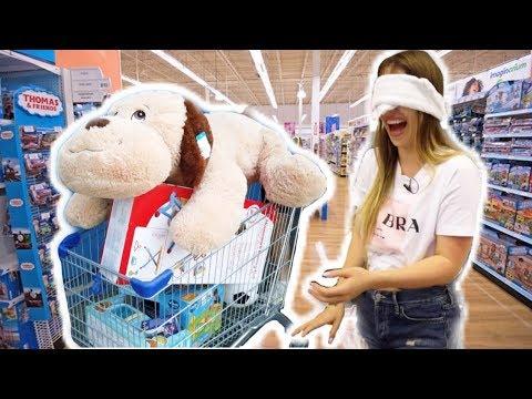 Ich muss ALLES kaufen, was ich berühre 😧 ( BLIND im Spielzeugladen ) | Bibi