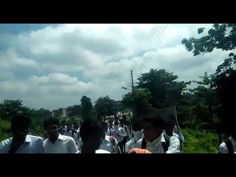 sonebhadra में अपनी मांगों को लेकर राजकीय पॉलिटेक्निक collage के छात्र-छात्राओं ने धरना दिया