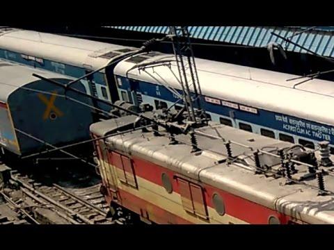 INDIAN RAILWAYS | 25kV AC Electric Locomotive WAM4 PANTOGRAPH RAISING