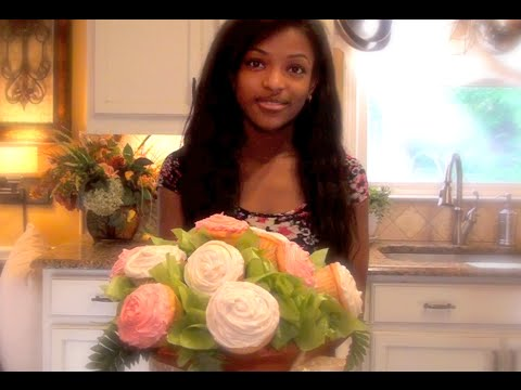 Maya's Mother's Day Surprise - DIY Edible Bouquet