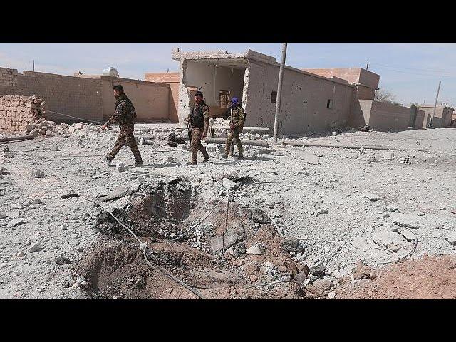 Сирия: курдские отряды заняли аэропорт под Табкой