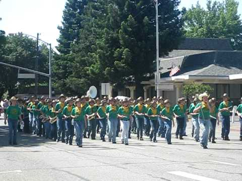Sequoia Middle School Marching Band-2009 Annual Redding Rodeo Parade