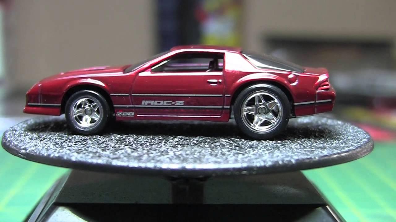 Hot Wheels : Series 11 '85 Chevy Camaro IROC-Z - YouTube