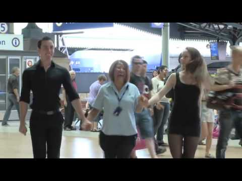 Очень классный танцевальный флэшмоб! Австралия, Сидней. 2012г.